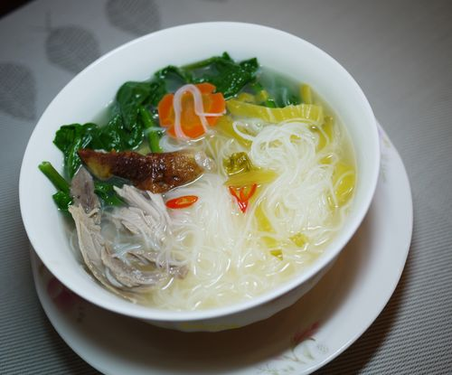 Rice Noodles with Duck and Preserved Mustard 1a